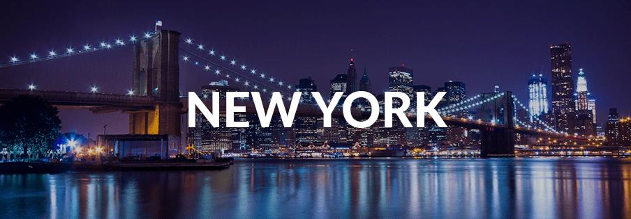 New York City's Brooklyn Bridge at night